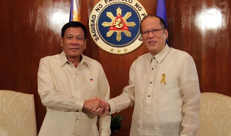 President Rodrigo Duterte: RAKKER NED PÅ VESTEN